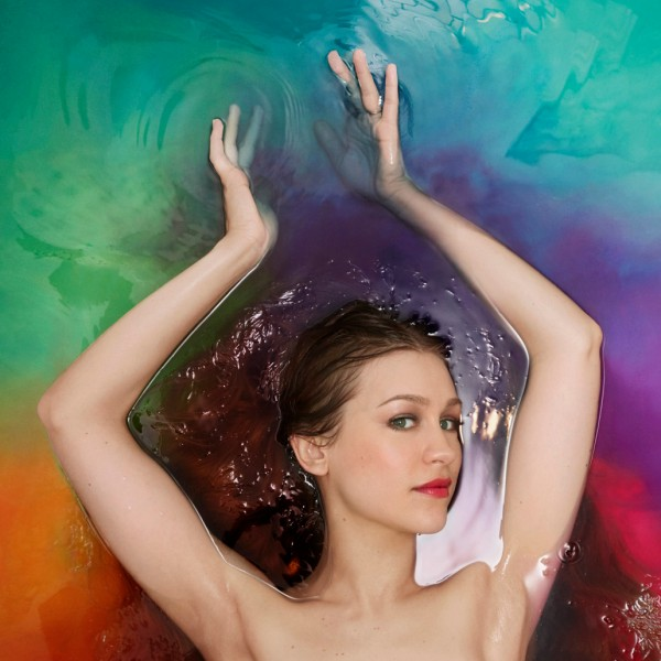 Joanna Newsom making waves