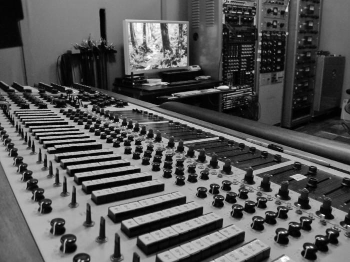 Vox studios desk